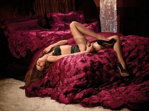 agent provocateur, modèle 2011, femme, sein